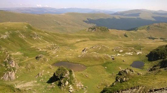 Gorj County, Roumanie : výhledy z vrcholku