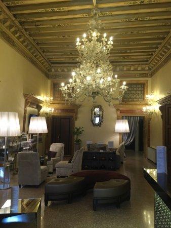 Fabulous room, excellent location