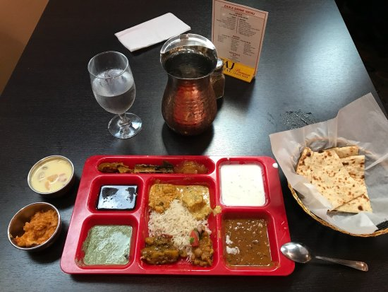 Zaika Indian Cuisine: photo0.jpg