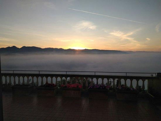 Hotel Fortebraccio: IMG_20171014_073440_large.jpg