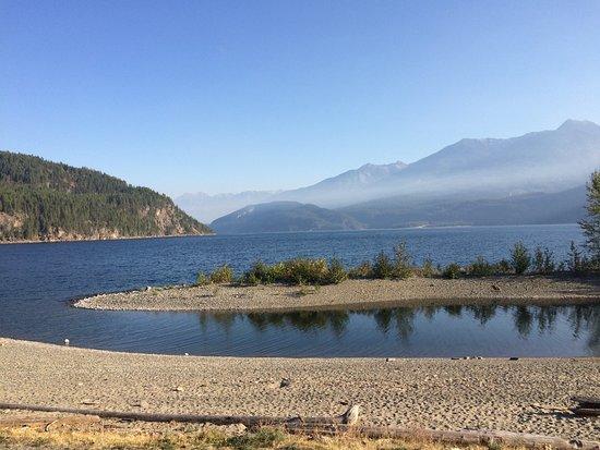 Kaslo, Kanada: View from walking trail.