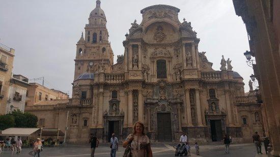 Cathedral de Santa Maria: PRECIOSA CATEDRAL POR DONDE LA MIRES
