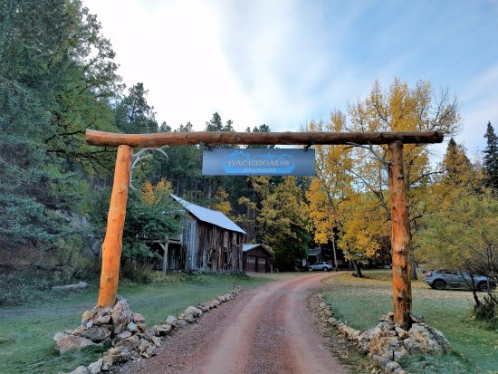 BackRoads Inn & Cabins: Entrence