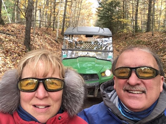 Eagle River, WI: On the trail with Decker Tours 10-14-17