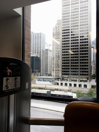 Hyatt Regency Chicago: View from the gym