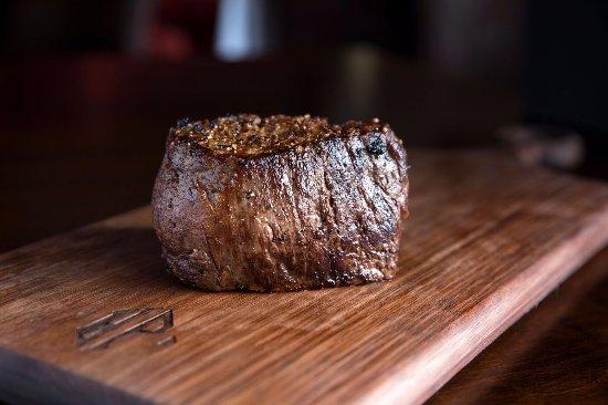 Hyde Park Prime Steakhouse : Filet Mignon