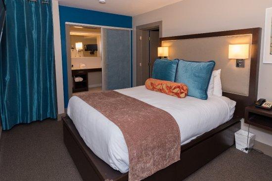 City Loft Hotel: 2 room suite