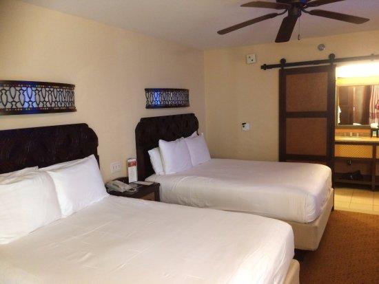 Disney S Caribbean Beach Resort Two Comfortable Beds