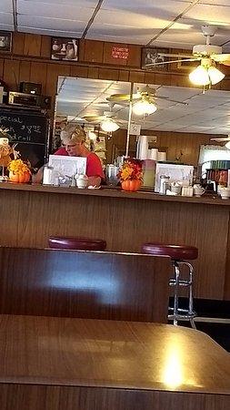 Amherst, VA: Edith's alcohol free bar