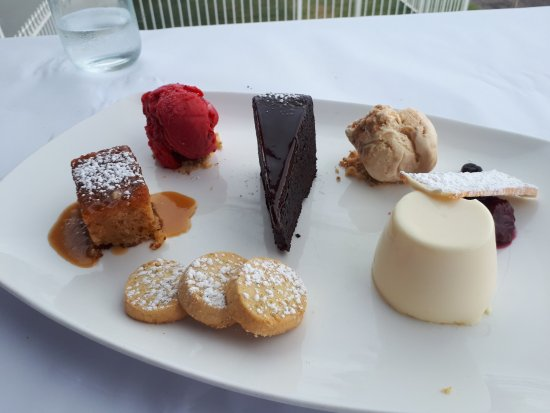 The Entrance, Australia: Dessert to die for.