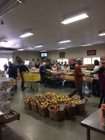 Oakwood Fruit Farm: photo1.jpg