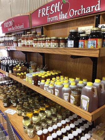 Oakwood Fruit Farm: photo2.jpg
