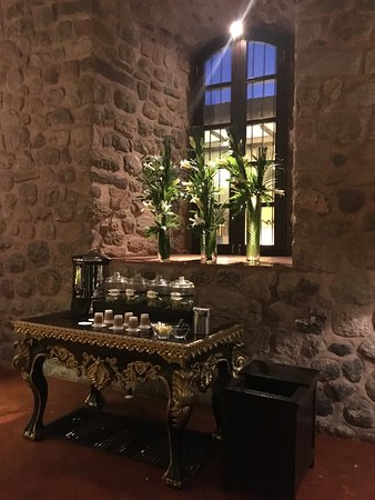JW Marriott El Convento Cusco: Teas to help you sleep, help you keep awake and take care of altitude sickness