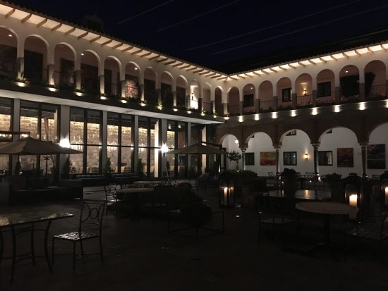 JW Marriott El Convento Cusco: The courtyard