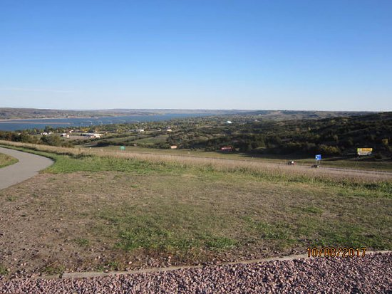 Chamberlain, SD: View of area and Missouri River
