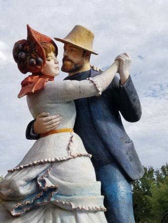 Hamilton, NJ: sculptures