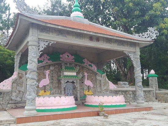 Thien Lam Pagoda
