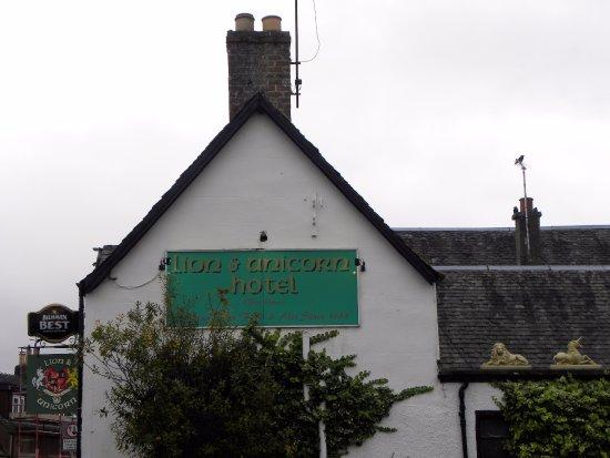 Thornhill, UK: Terrific historic setting