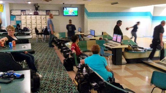 Shelby, MT: 10 Pin Bowling Alley