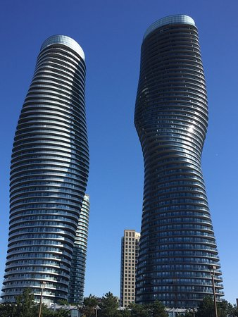 Absolute world towers mississauga canada top tips for Absolute towers