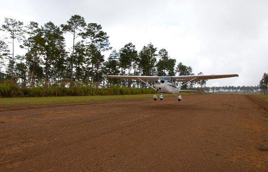 Mountain Pine Ridge Reserve, Belice: Hidden Valley's Private Airstrip
