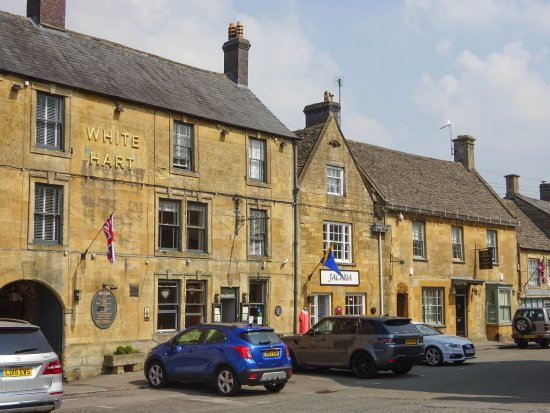 Stow-on-the-Wold, UK: What the tourists come to see