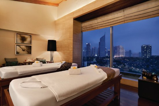 Hotel Indonesia Kempinski Updated 2017 Prices Amp Reviews