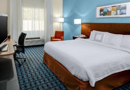 Dothan, AL: King Guest Room