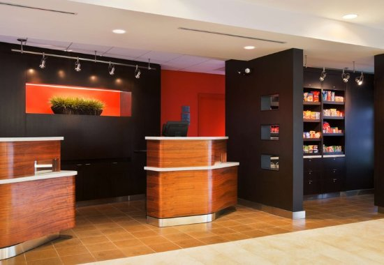 Stoughton, MA: Welcome Pedestals