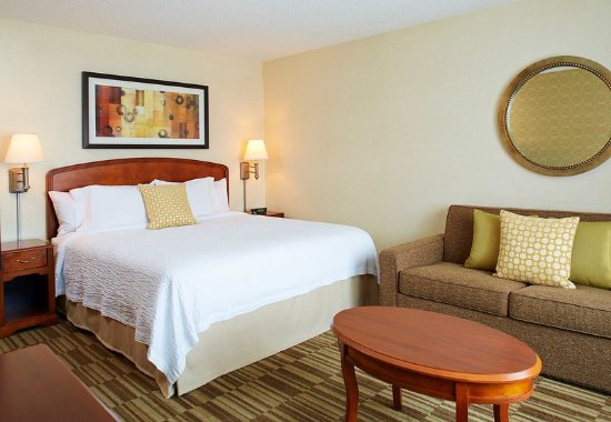 Natick, MA: King Guest Room
