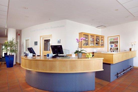 Clarion Collection Hotel Bryggeparken: Front desk