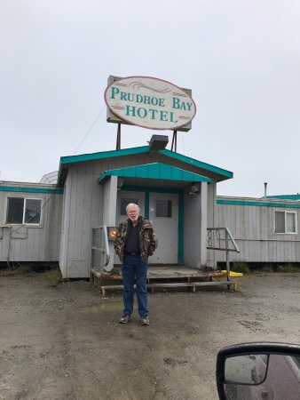 Prudhoe Bay Hotel Photo
