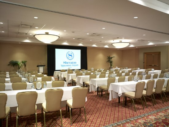 Sheraton Vancouver Airport Hotel: Ballroom Classroom Style Set-up