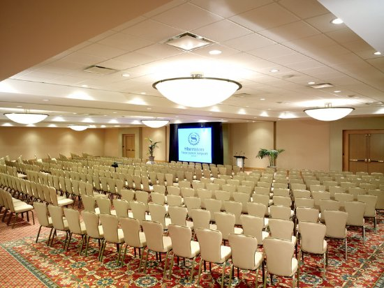 Sheraton Vancouver Airport Hotel: Ballroom Theater Style Set-up