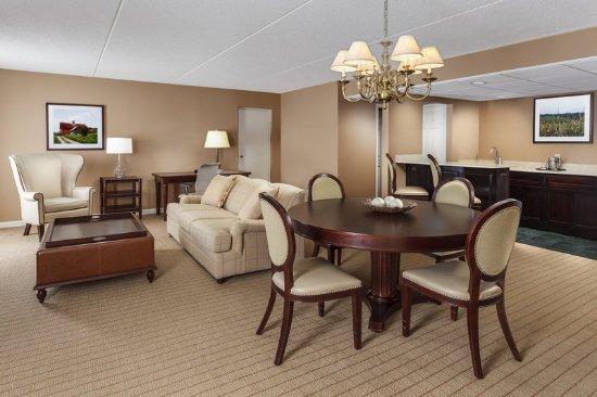 Frazer, PA: Presidential Suite
