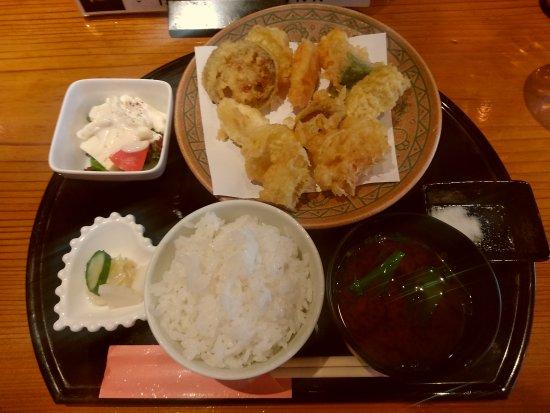 Hiratsuka, Japão: 季節の天ぷら定食