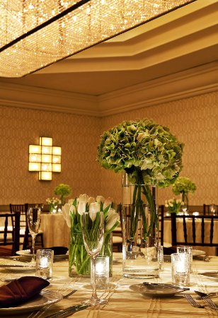 Tysons Corner, VA: Ash Grove Ballroom - social setup detail