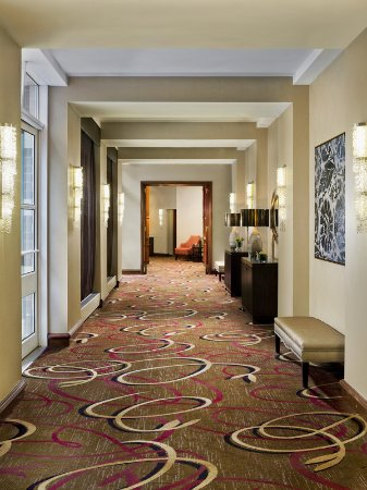 Needham, MA: Grand Ballroom Foyer - Entrance
