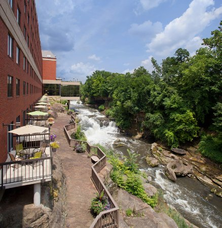 Cuyahoga Falls, OH: Exterior