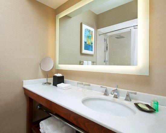 Милбрэй, Калифорния: Guest Bathroom