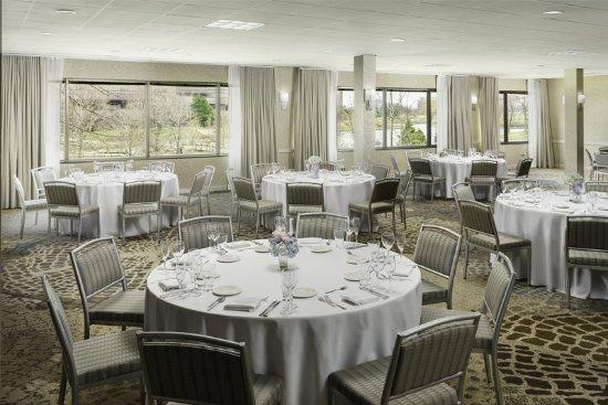 Itasca, IL: Lakeshore Ballroom