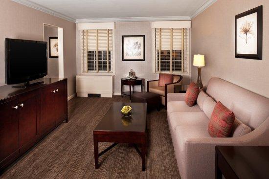 Morristown, NJ : One Bedroom Suite - Living Room