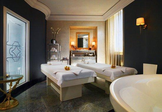 The St. Regis Florence: Iridium Suites by Clarins - Acquamarine