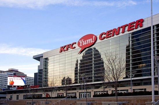 Jeffersonville, IN: The KFC YUM! Center