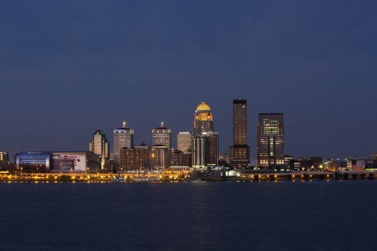 Jeffersonville, IN: Louisville Kentucay Skyline River View