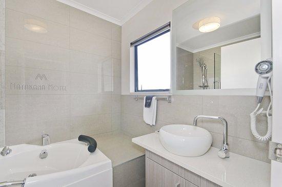 Matakana, Nueva Zelanda: Large Studio Unit (Spa Bath)