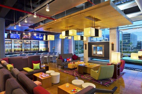 Санта-Ана, Коста-Рика: Re:mix(SM) lounge/ W XYZ(SM) bar
