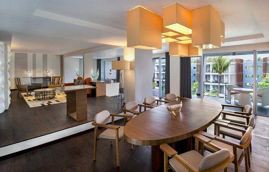 Grande Avantgarde Suite Living Room Picture Of Le Meridien Bali - Avant garde living rooms
