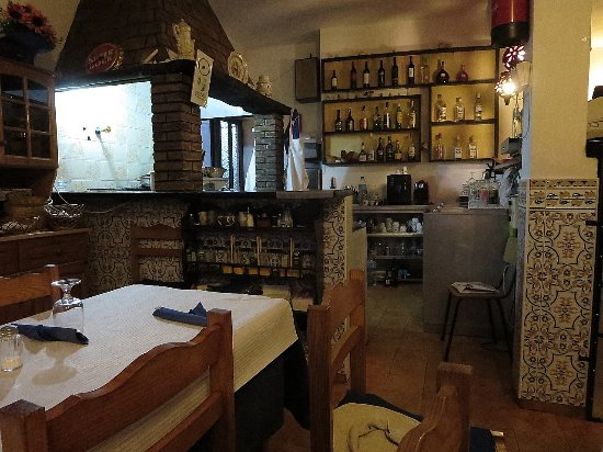 Figueira, Portugal: dining room at Casa do Chico