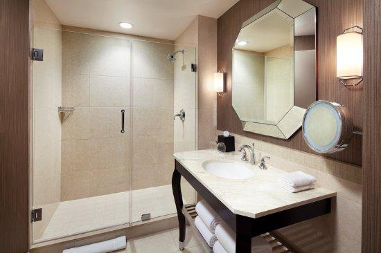 McKinney, Τέξας: bathroom